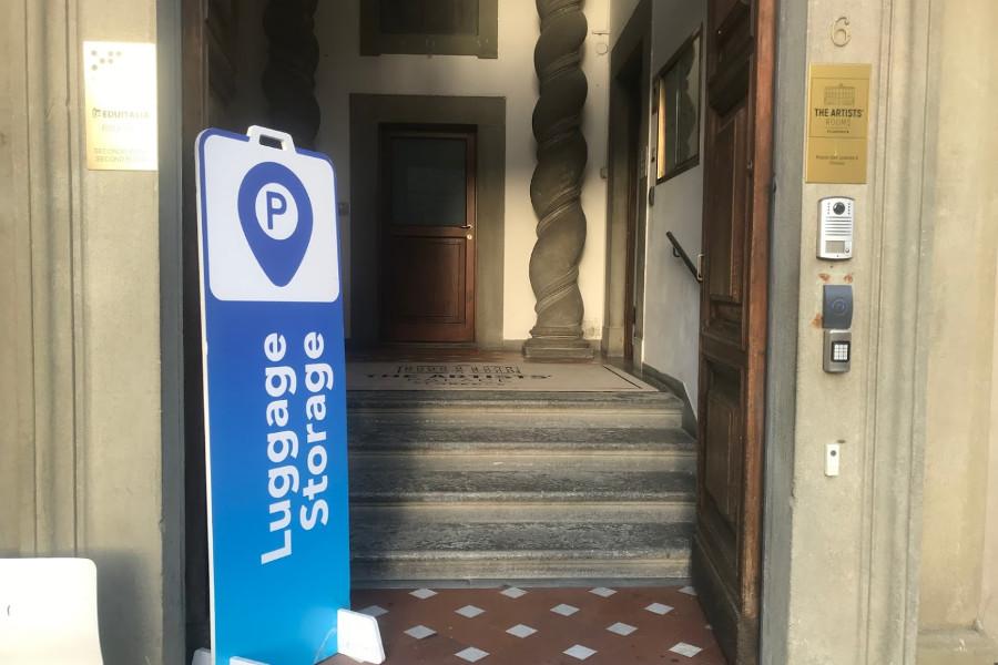 Entrata deò deposito bagagli Firenze - Parkinnbag